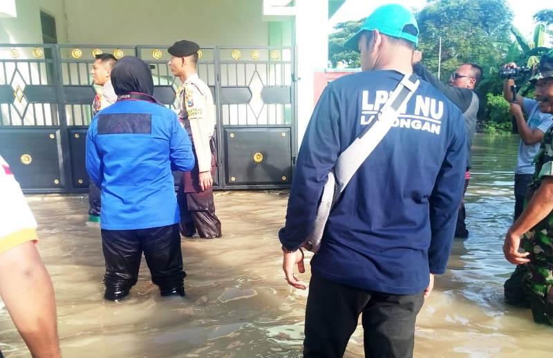 Bengawan Solo Meluap, LPBI NU Lamongan Kerahkan Relawan