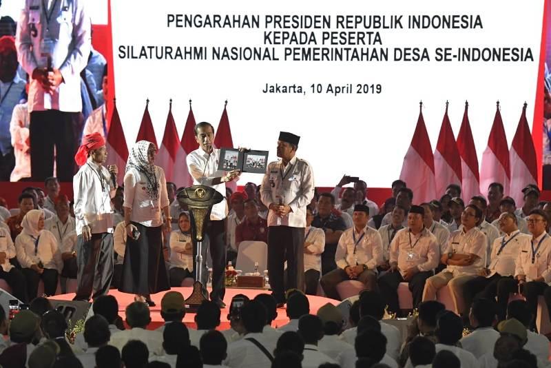 Jokowi Akan Alokasikan Dana Operasional Kepala Desa