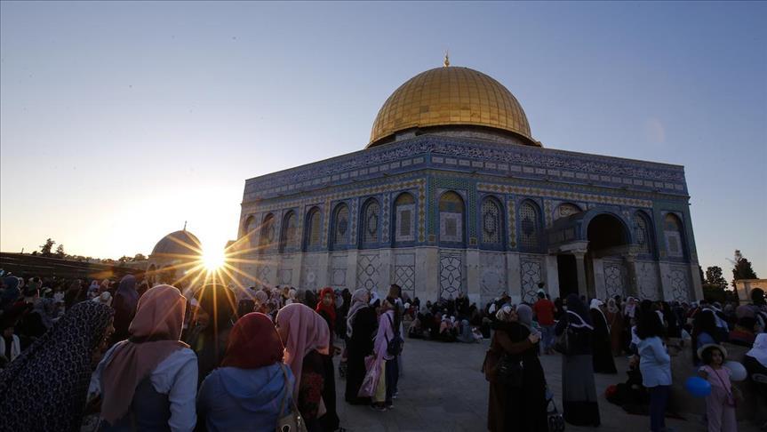 Kompleks Masjid Al-Aqsa Terbakar