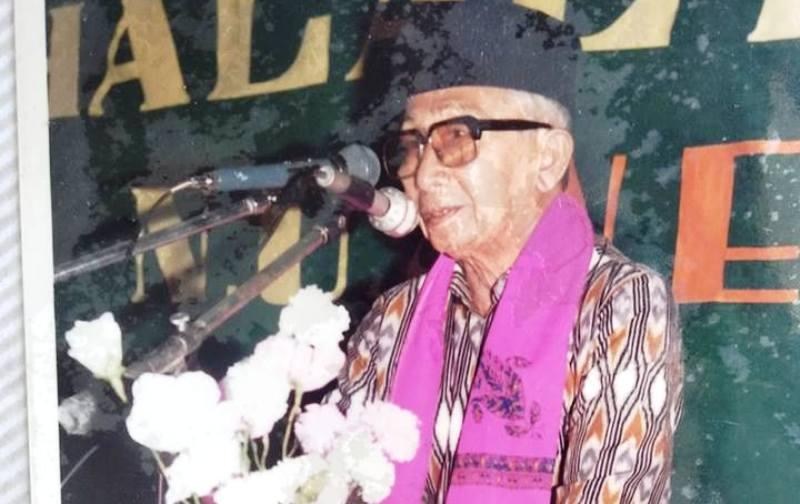 Kiai Chayyi, Aktivis NU Kencong Pegiat Literasi