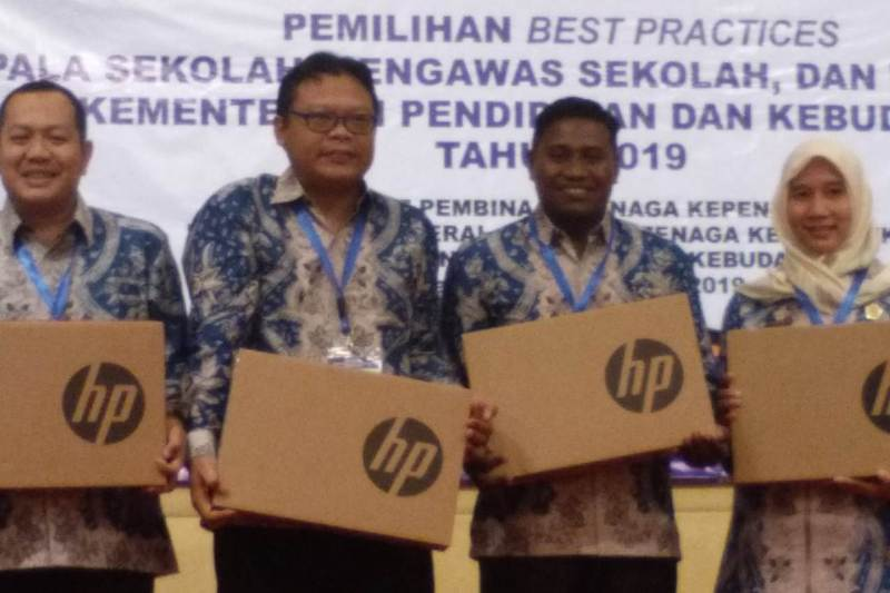 Kepala SMK NU Bondowoso Raih Juara 'Best Practices'
