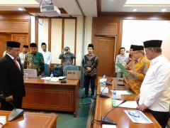 Ketum PBNU Lantik Ridwan Tohopi sebagai Rektor UNU Gorontalo