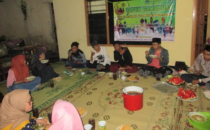 Sabuk Ramadhan, Pelajar NU Solo Diskusi Pluralisme