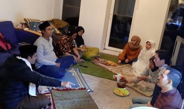 Momen Ramadhan Pertama Kali di Eropa