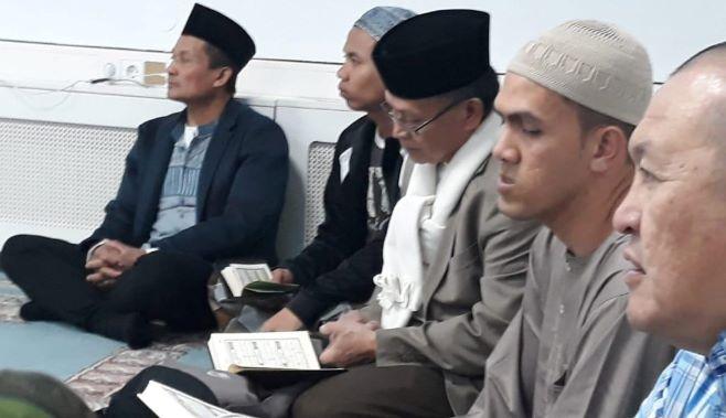 Tadarus Yasin Bakda Tarawih di Amsterdam