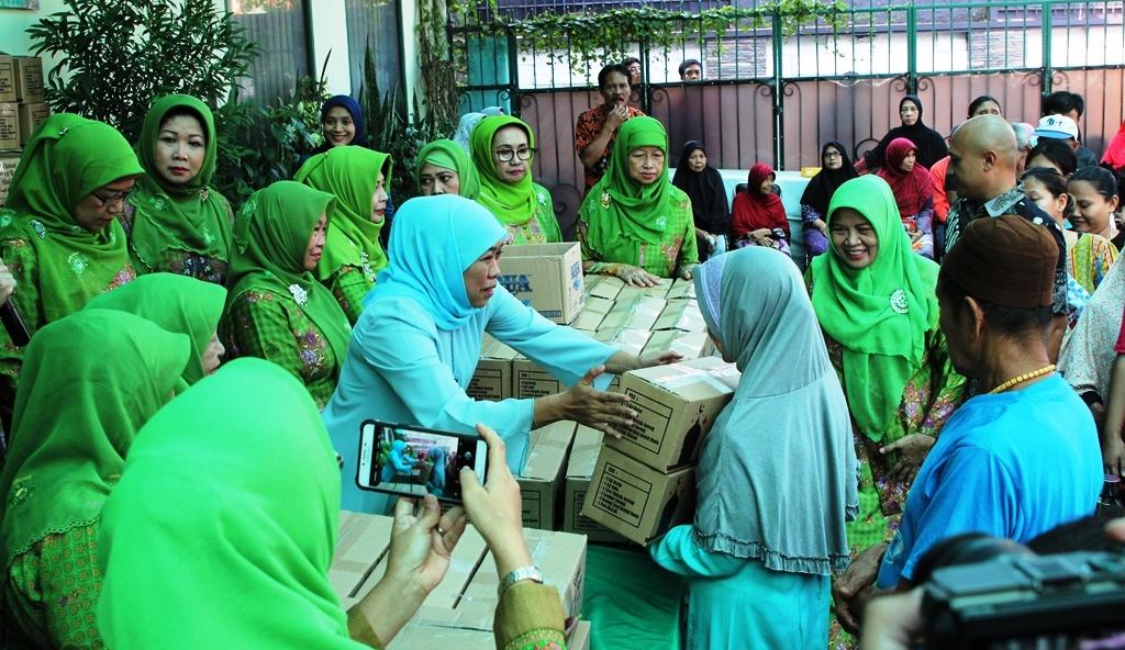 Memasuki Ujung Ramadhan, Khofifah Ajak Tingkatkan Ibadah