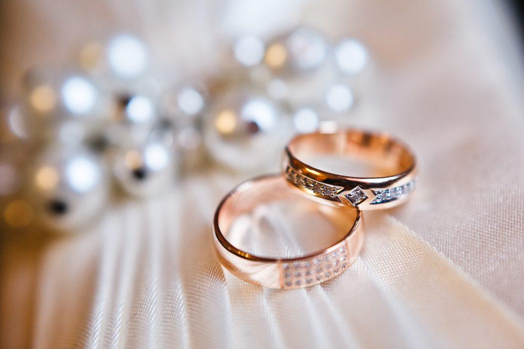 Wali Nikah bagi Anak Hasil Kawin Beda Agama