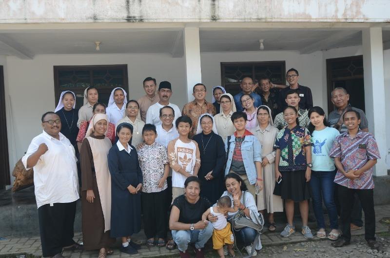 Ikut Rayakan Lebaran, Pihak Gereja Sowan Tokoh NU