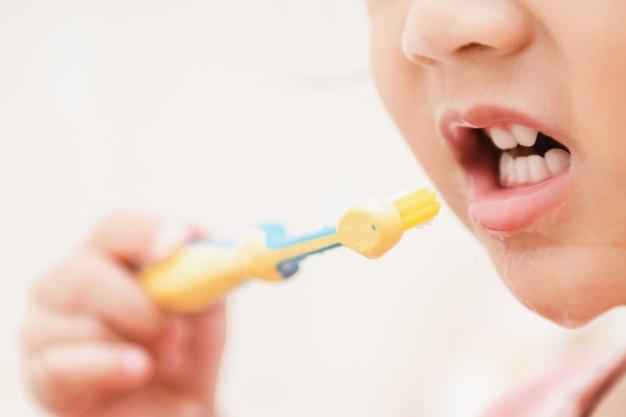 12 Kesunnahan saat Gosok Gigi atau Bersiwak