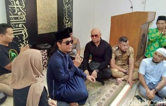 Dibimbing Gus Miftah, Deddy Corbuzier Resmi Masuk Islam
