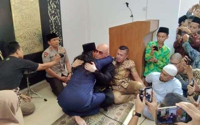 Gus Miftah Ungkap Alasan Deddy Corbuzier Masuk Islam