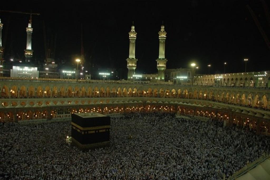 Haji Berulang Kali Menurut Kiai Ali M Yakub dan Imam Al-Ghazali