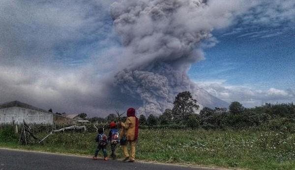 Hambatan Dakwah di Kaki Gunung Sinabung