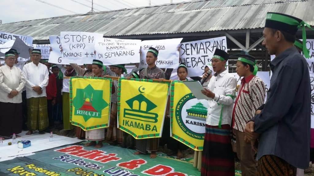 Tiga Masjid di Semarang Desak Penutupan Sejumlah Karaoke