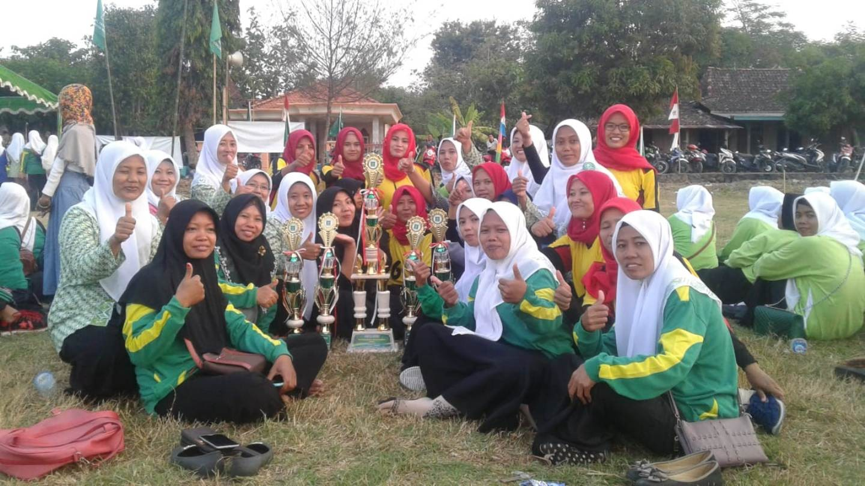 Fatayat NU Desa Kaliyoso Sabet Juara Umum POSP Fatayat NU 2019