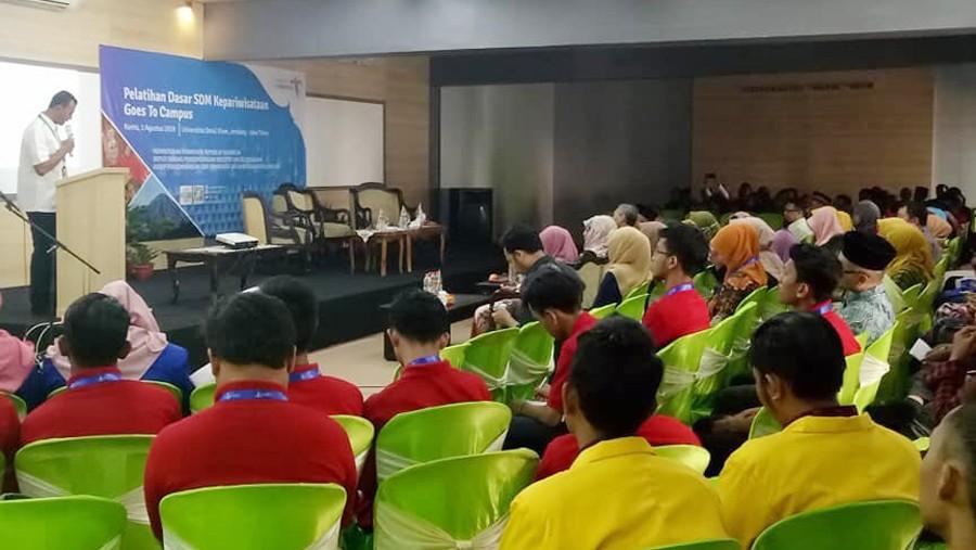 Santri Jombang ikuti pelatihan SDM kepariwisataan di Universitas Darul 'Ulum Jombang