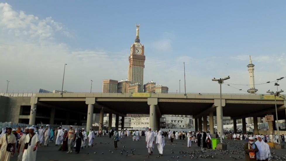 Kegiatan Jemaah Haji Indonesia di Sela Tunggu Wukuf di Arafah