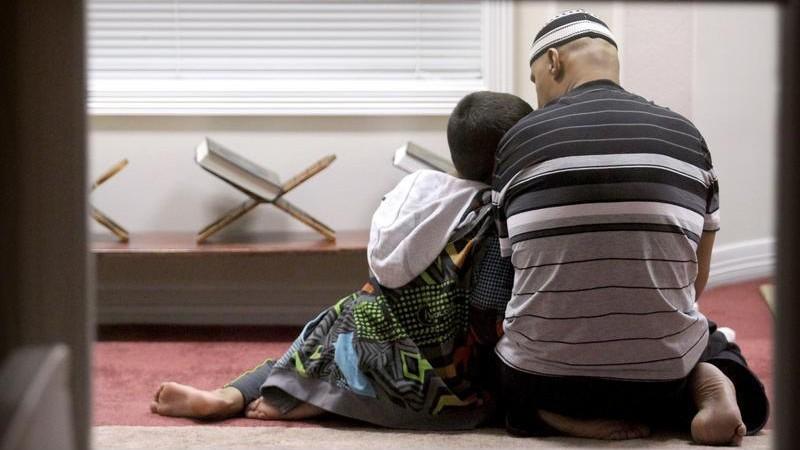 Khutbah Idul Adha: Kurban dan Pendidikan Tauhid Keluarga