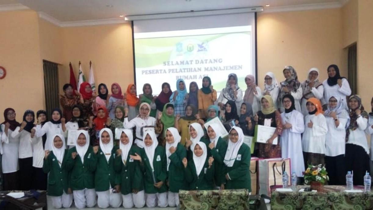 Mahasiswa Unusa Beri Pelatihan Manajemen Rumah ASI