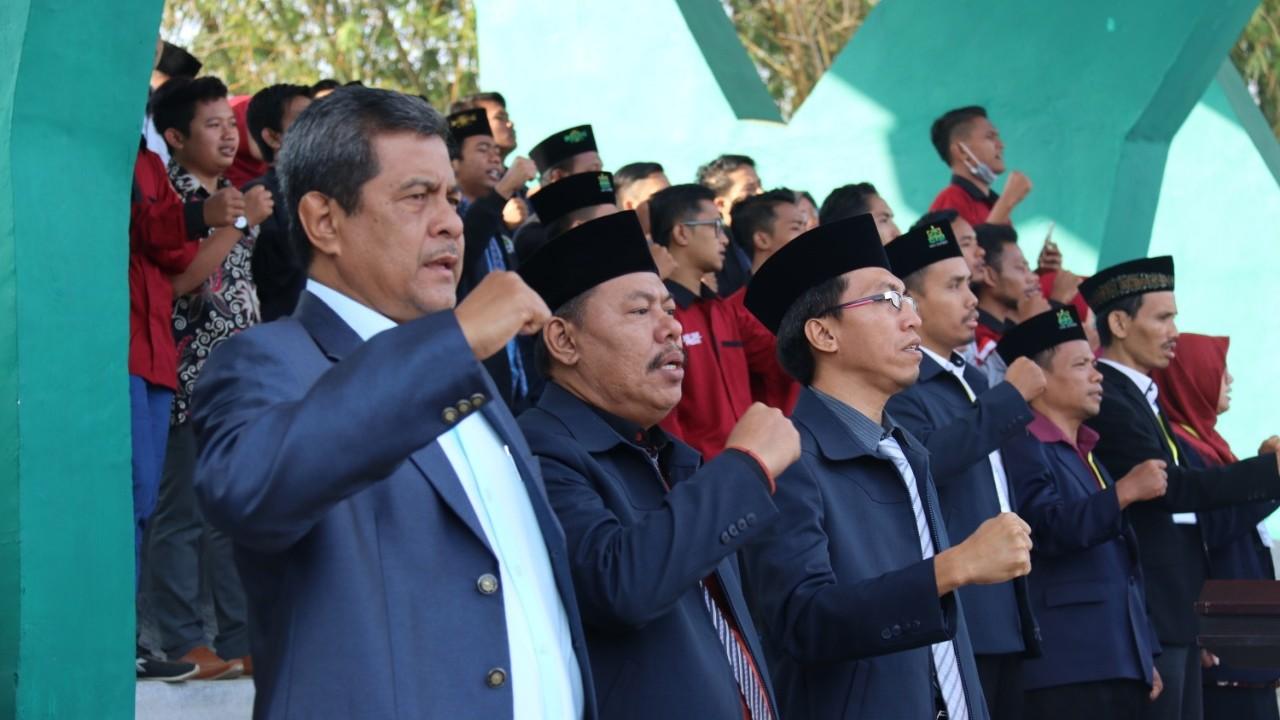 Komitmen Mahasiswa IAIN Jember Pegang Amanah KH Ahmad Sidiq