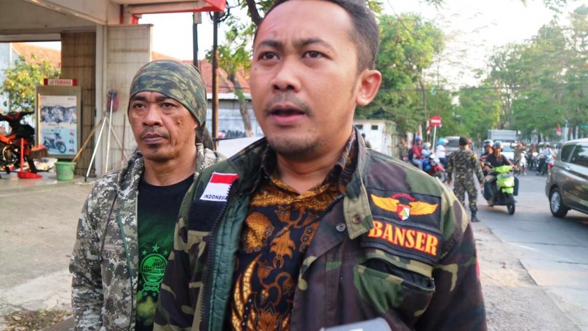 Puluhan Anggota Banser Jaga Asrama Papua di Surabaya