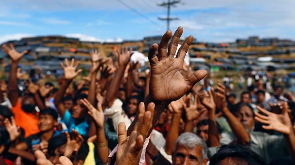 Disediakan 15 Bus dan Truk, Pengungsi Rohingya Tak Mau Dipulangkan ke Myanmar