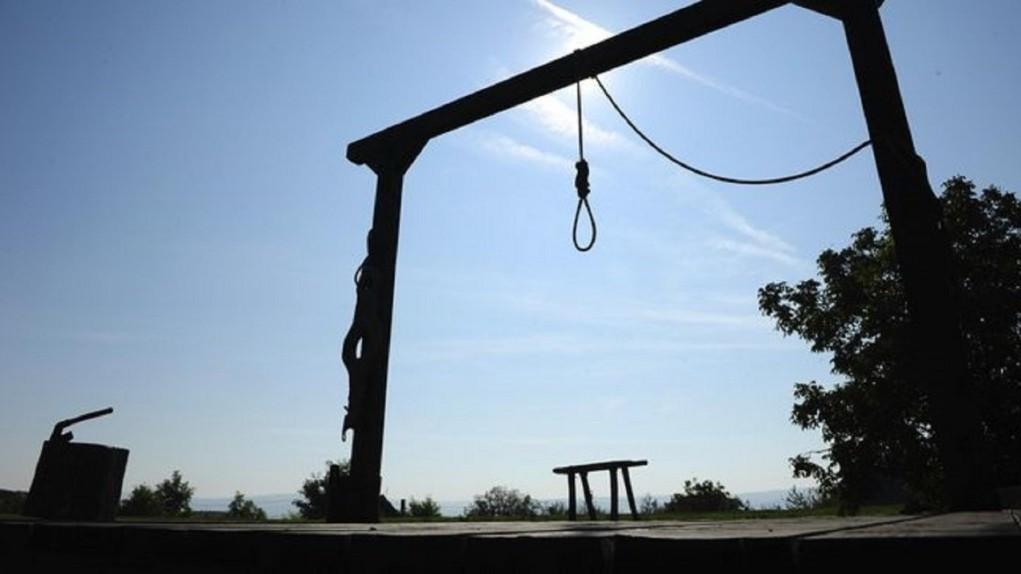 Pembunuh Imam Shalat di Iran Dieksekusi Gantung di Depan Umum