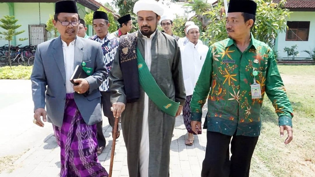 Hadir di MAN 1 Kota Pekalongan, Habib Murtadho Yaman Ijazahkan 'Ratibul Attas'