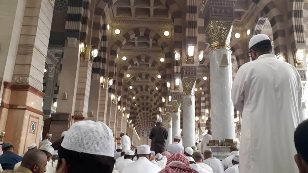 Menikmati Jumat Berkah di Masjid Rasulullah