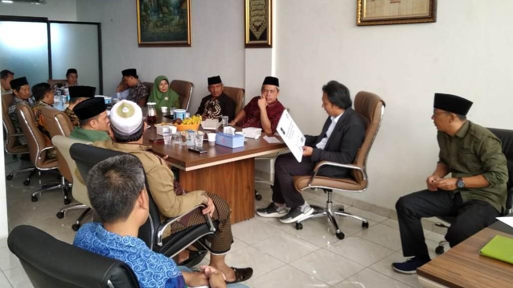 Nusantara Grup Bayar Zakat ke LAZISNU Senilai 90 Juta