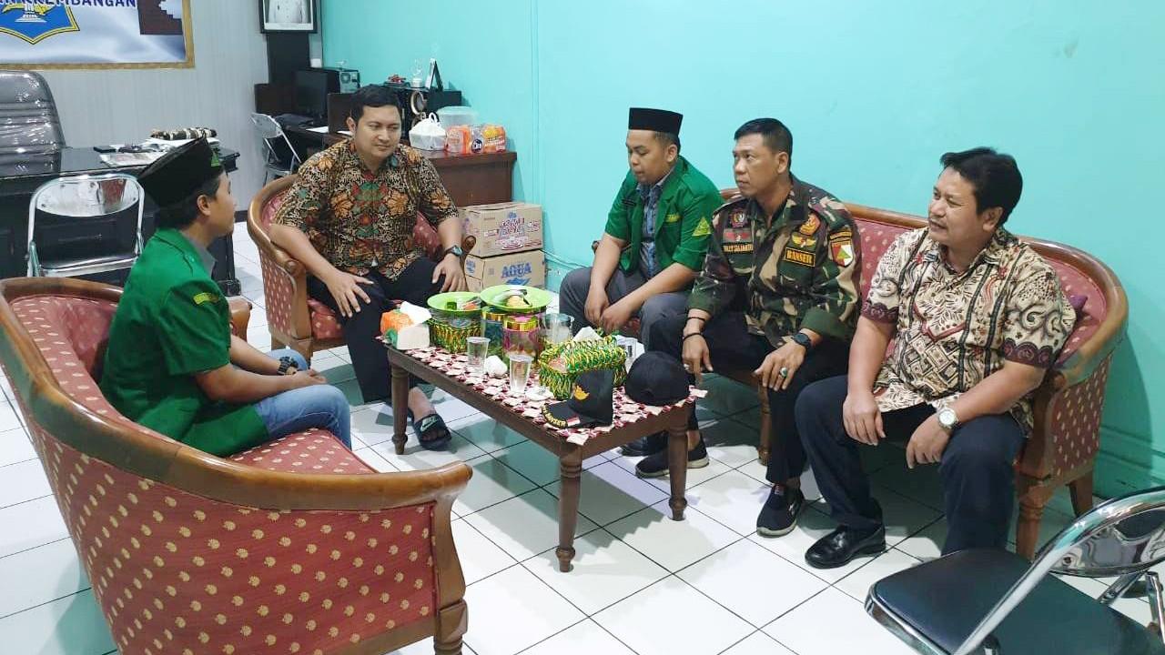 Tingkatkan Kemitraan, Ansor Krembangan Surabaya Silaturahim dengan Camat