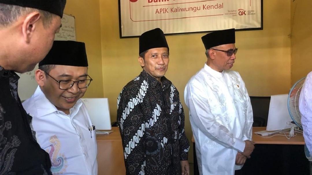 Pesantren APIK Kaliwungu Luncurkan Bank Wakaf Mikro