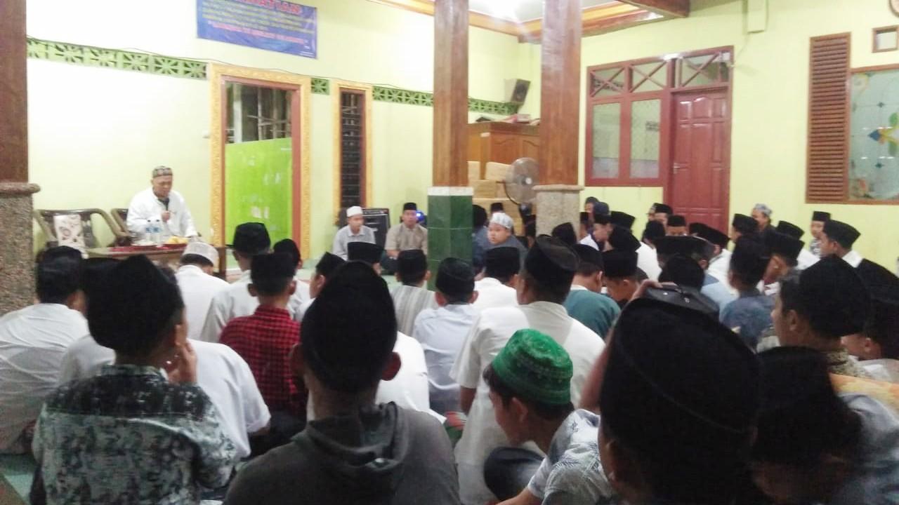 Pesantren Bahrul Ulum Jombang Bekali Santrinya Wawasan Kebangsaan