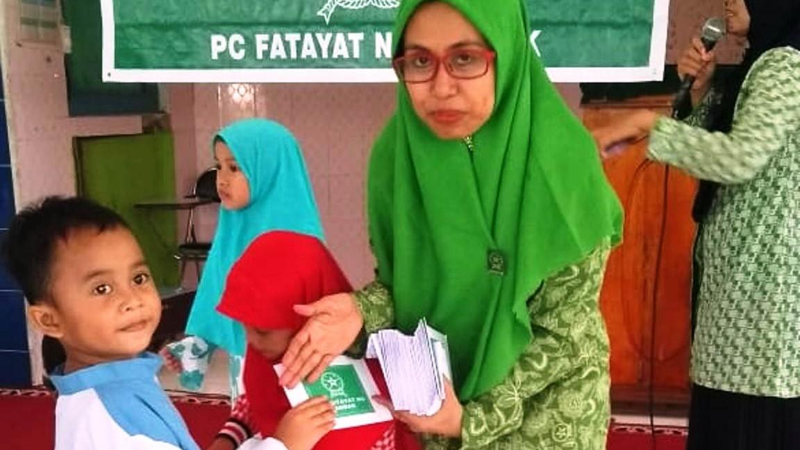 Muharraman, Fatayat NU Landak Kalbar Santuni Ratusan Yatim