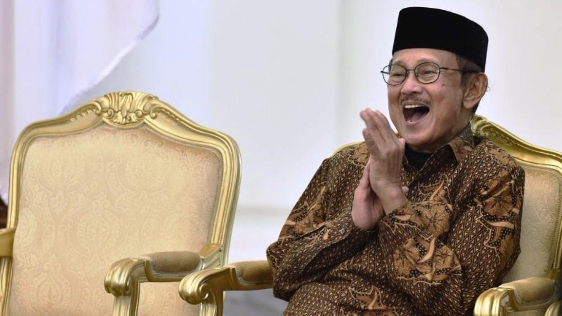 Habibie Wafat, Gubernur Ajak Muslim Jatim Gelar Shalat Ghaib