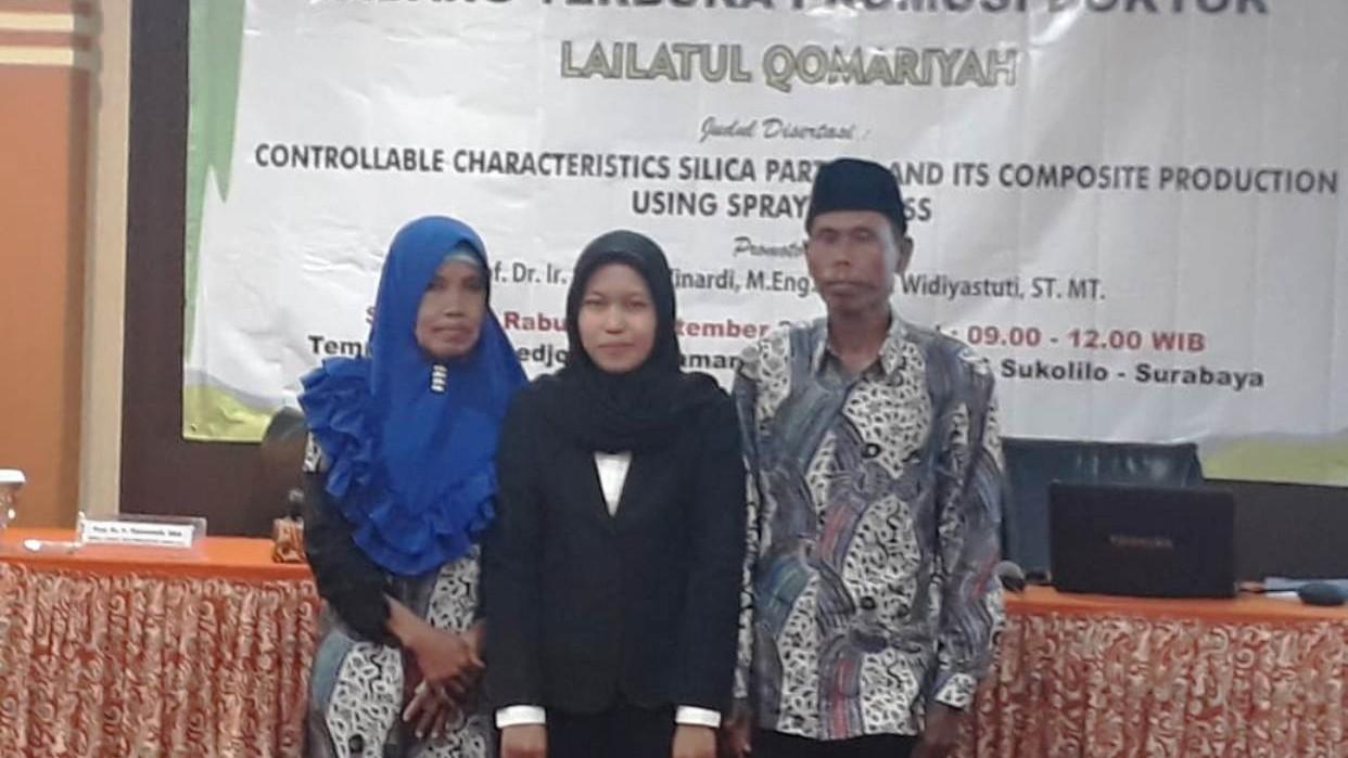 Lailatul Qomariyah, Anak Pengayuh Becak Peraih Doktor di Usia Muda
