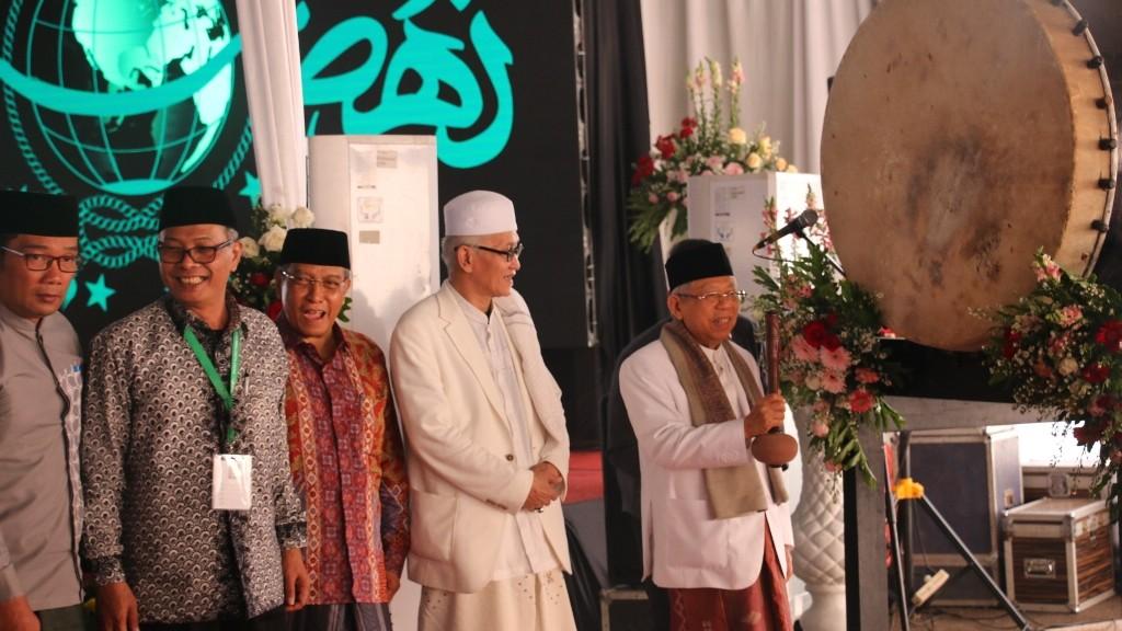 Pukul Beduk, KH Maruf Amin Buka Rapat Pleno PBNU 2019