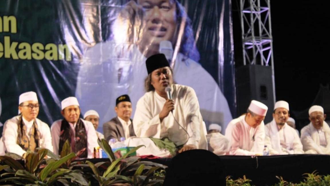 Gus Muwafiq: Mensyukuri Iman Saja Tidaklah Cukup