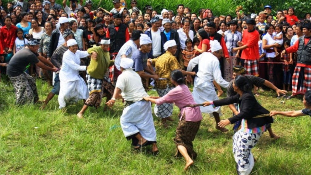 Pembentukan Karakter Masyarakat Bali melalui Tradisi Lisan
