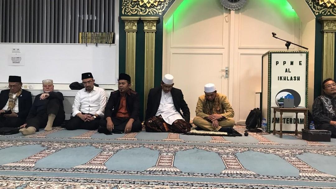 Praktik Tradisi Islam Nusantara di Masjid Al-Ikhlas Amsterdam Diapresiasi