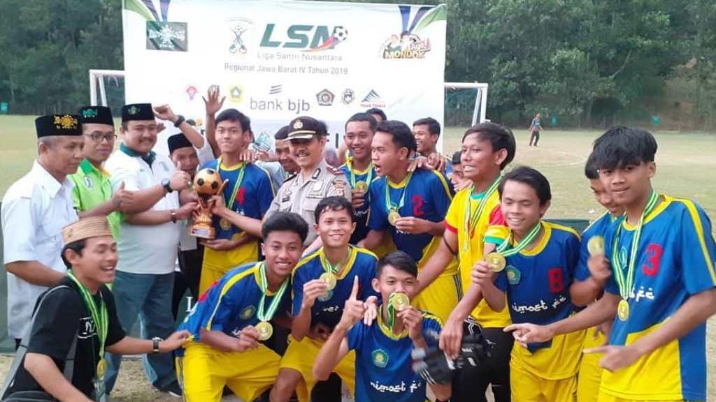 Pesantren Riyadul Mutaalimin Bogor Juarai LSN Regional Jabar IV 2019