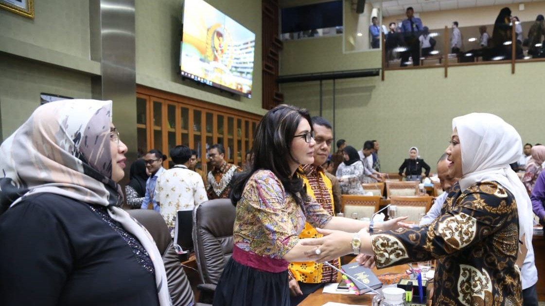 Menaker Ida Fauziyah Apresiasi Meningkatnya Anggota DPR Perempuan