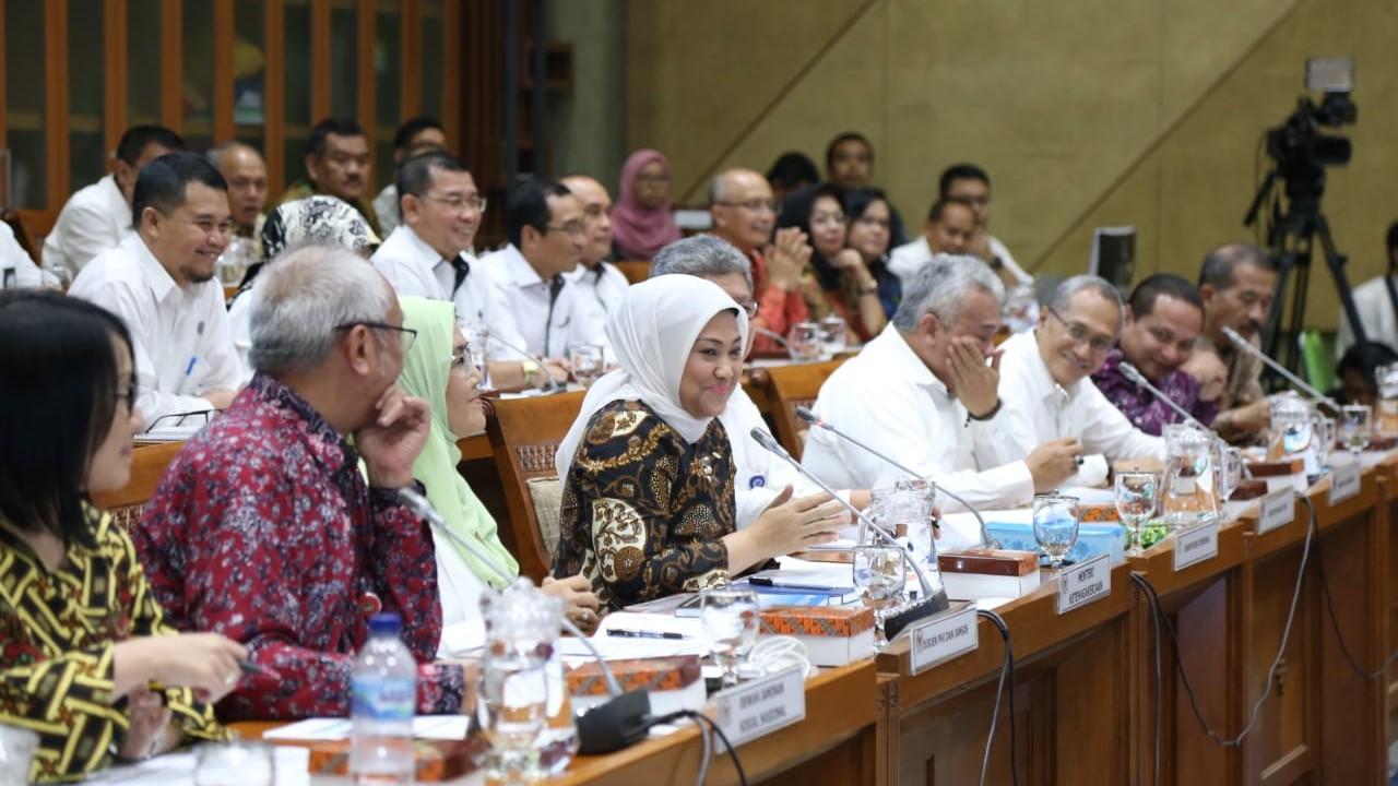 Di Hadapan Komisi IX DPR, Menaker Paparkan 4 Program Sesuai Visi Presiden