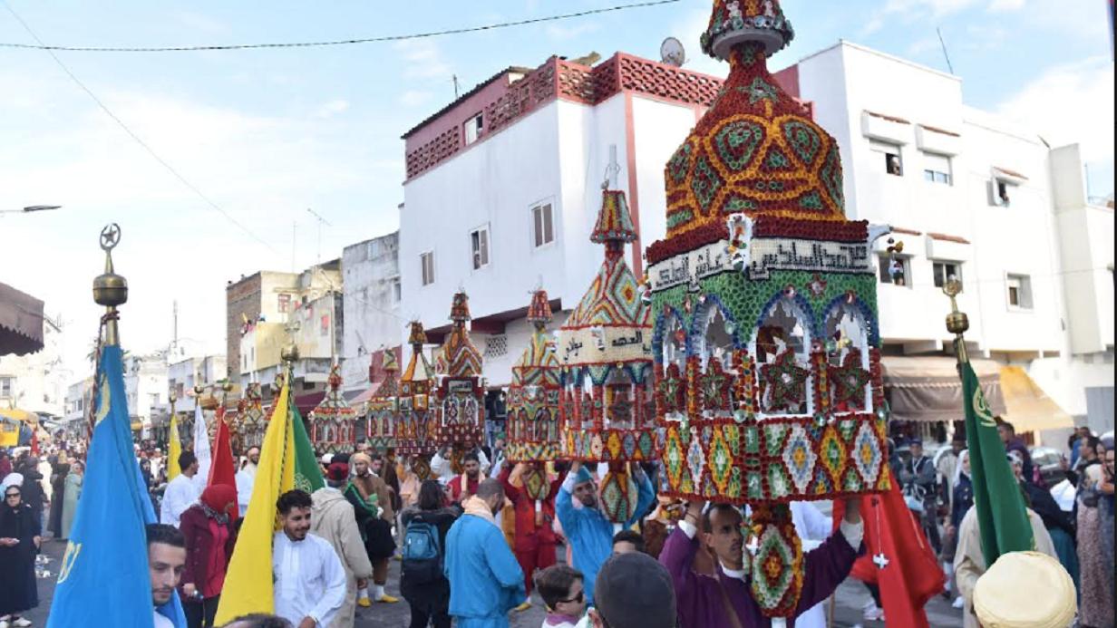 Sambut Maulid Nabi, Muslim Maroko Gelar 'Konvoi Lilin'