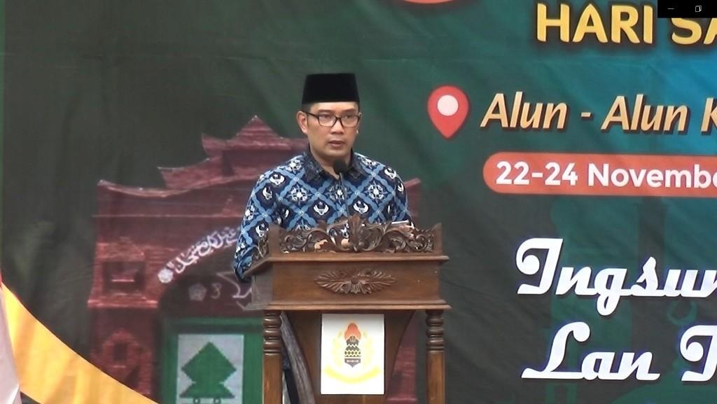 Dua Pantun Ridwan Kamil tentang Pemberdayaan Masyarakat melalui Masjid