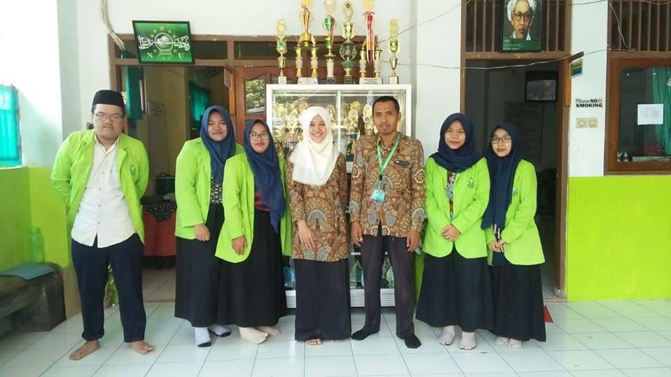 MI Miftahul Akhlaqiyah Semarang Akrab dengan Teknologi