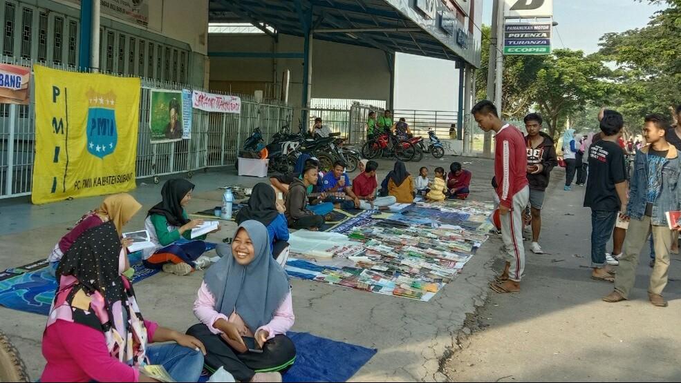 PMII Subang Manfaatkan CFD dengan Buka Lapak Baca