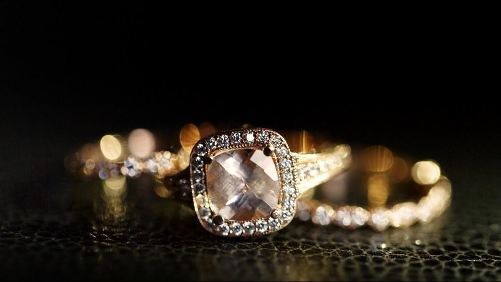 Perhiasan Rusak, Apakah Tetap Wajib Dikeluarkan Zakatnya?
