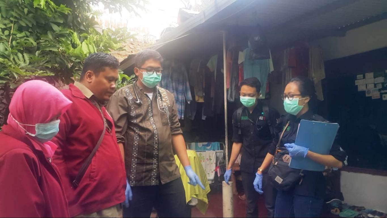 Bersama Dinas Sosial, Banser di Semarang Bantu Orang Telantar