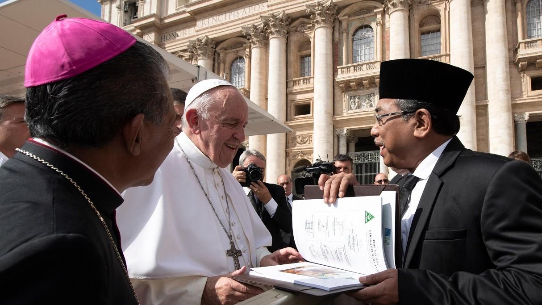 Gus Yahya Hadiri Pertemuan Antaragama Ibrahim di Vatikan